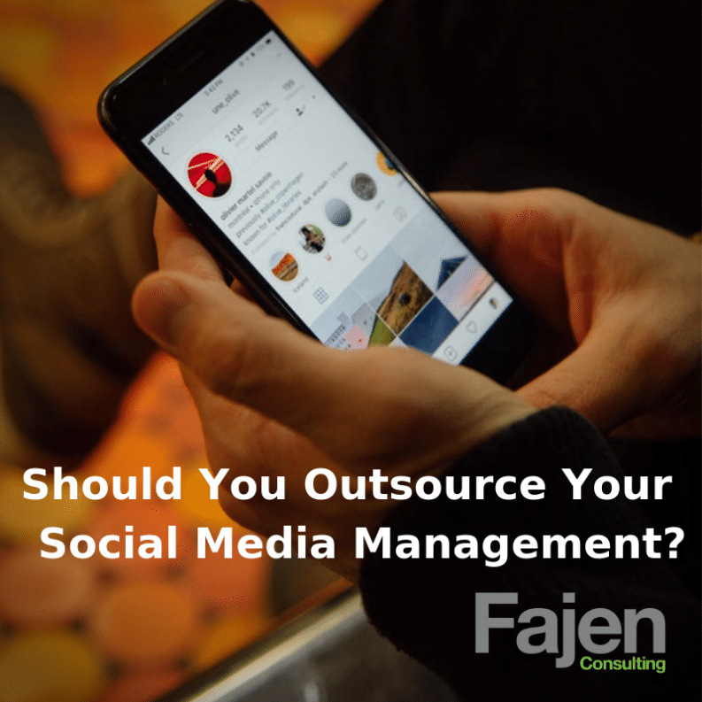 Outsourcing social media management